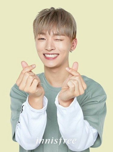 Wanna One 壁纸 called Jisung♥ ღ