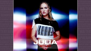 Julia Stiles karatasi la kupamba ukuta