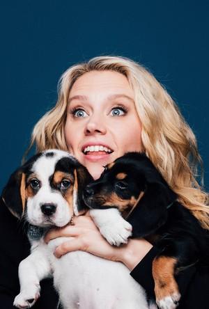 Kate McKinnon and Puppies!
