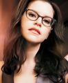 Lisa Loeb - the-90s photo