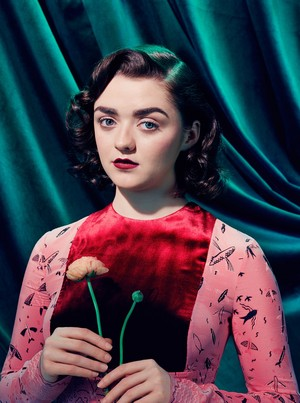 Maisie Williams ~ Time ~ July 2017