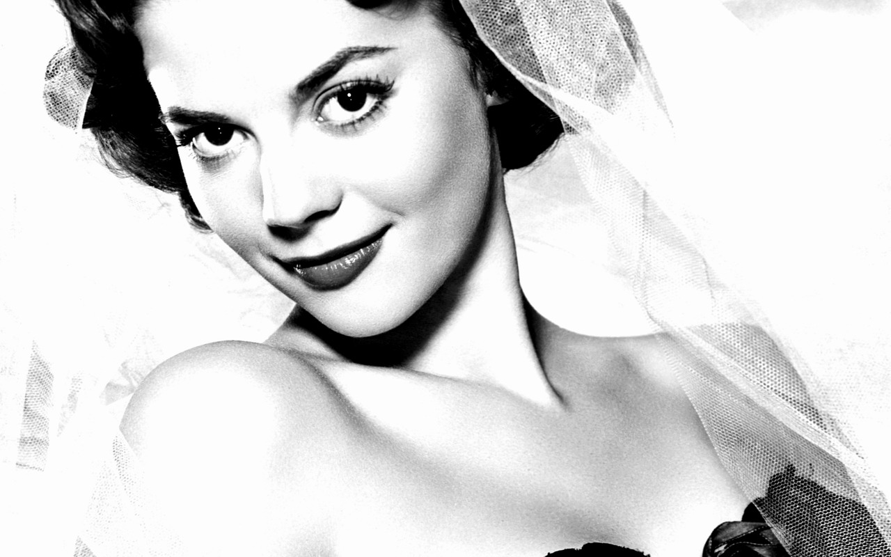 Natalie Wood Wallpaper