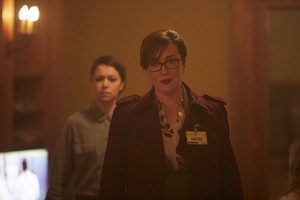 """Orphan Black """"Let the Children and Childbearers Toil"""" (5x04) promotional picture"""