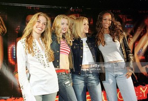 Piper and the Coyote Ugly cast