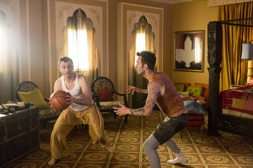 """Vampire Cassidy (Preacher Character) Hintergrund titled Preacher """"Mumbai Sky Tower"""" (2x02) promotional picture"""