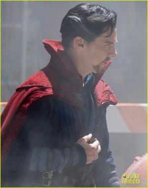 Robert Downey Jr. Films 'Avengers: Infinity War' with Benedict Cumberbatch - New Set Photos!
