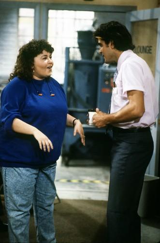 Roseanne achtergrond entitled Roseanne