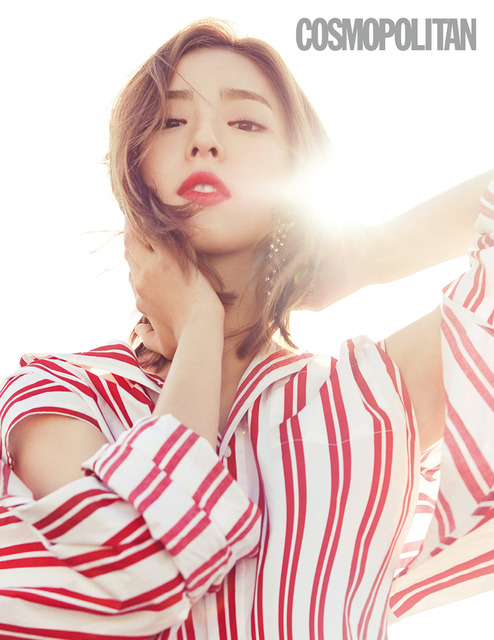 SHIN SE KYUNG LOOKS DREAMY FOR JULY 2017 COSMOPOLITAN