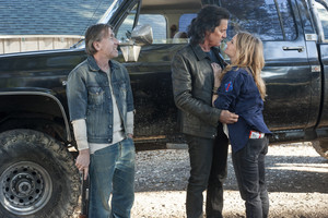 Season 3 Promotional 写真