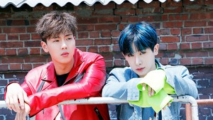 Shownu and Wonho پیپر وال