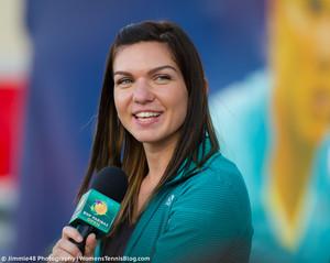 Simona Halep 2016 BNP Paribas Open D3M 9929