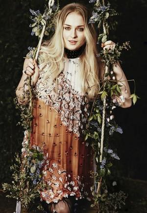 Sophie Turner ~ Stylist ~ July 2017