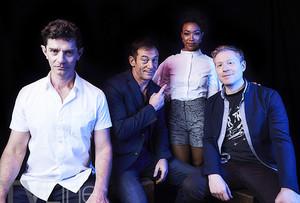 星, つ星 Trek: Discovery Comic Con Cast 写真