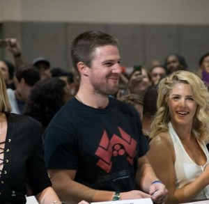Stephen Amell and Emily Bett Rickards at the WB Booth