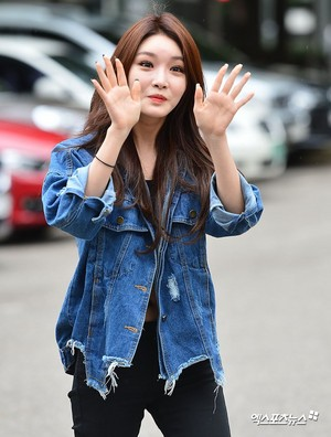 Chungha @ KBS Building for 'Immortal Songs' recording