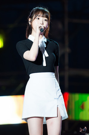 170728 IU at Boryeong Mud Festival