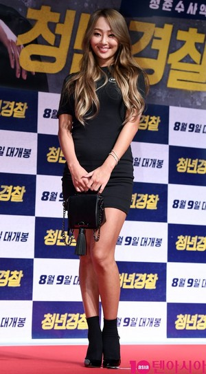 170807 Hyolyn @ VIP Premiere of Movie 'Midnight Runners'