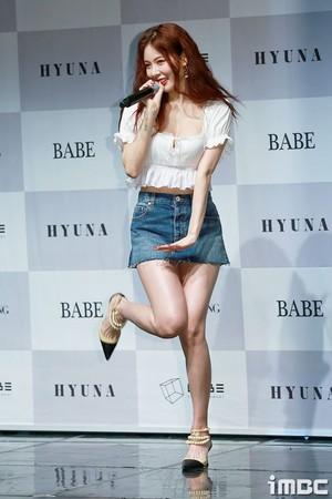 170829 HyunA 6th Mini Album 'Following' Showcase