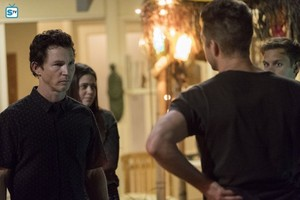 """Animal Kingdom """"You Will Be Gutted"""" (2x12) promotional picture"""