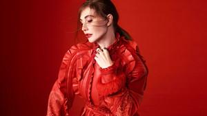 Carice furgão, van Houten - Elle Photoshoot - 2017
