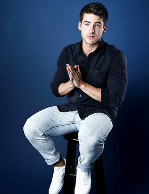 "Cody Christian ""Teen Wolf"" Portrait Session at San Diego Comic Con"