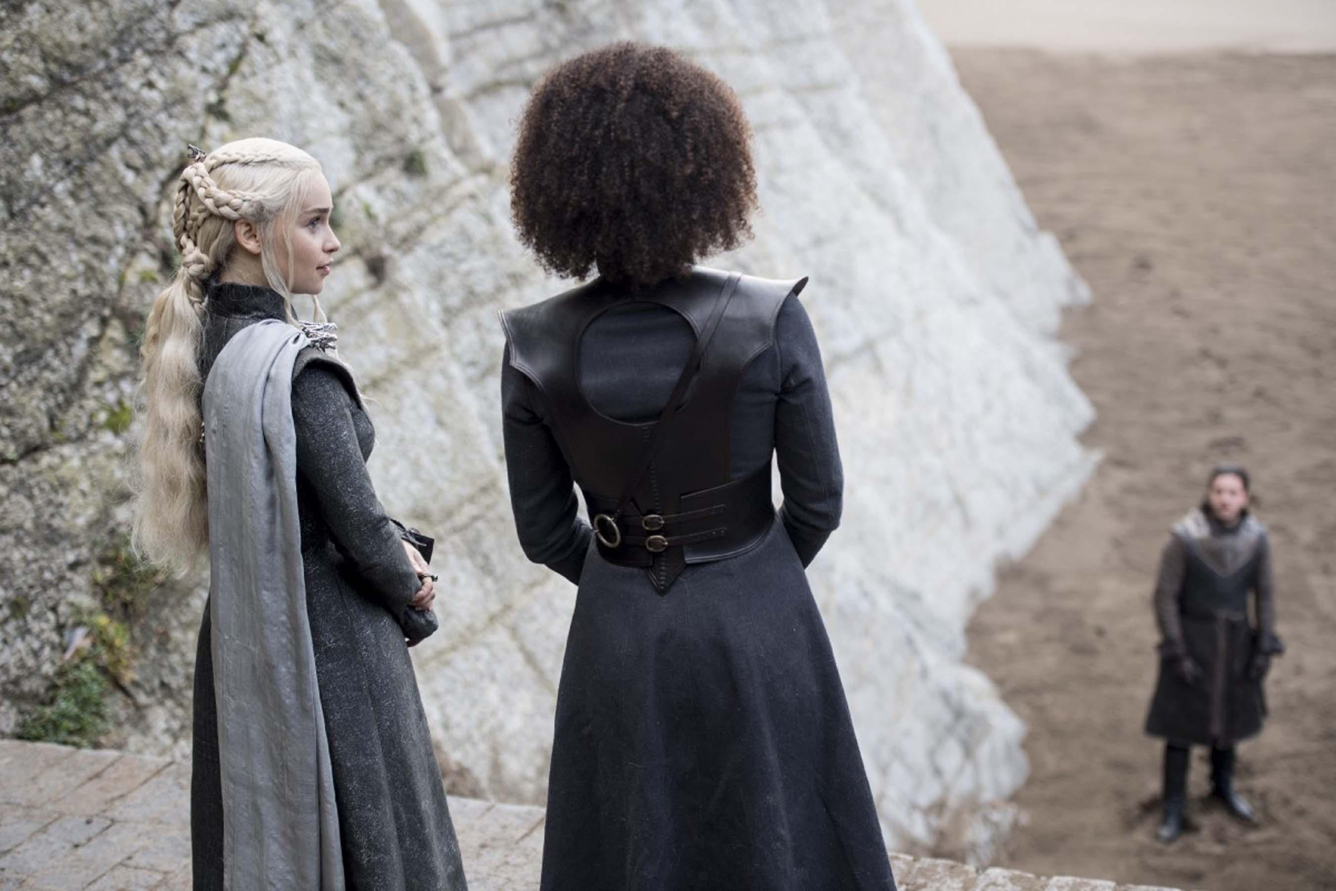 Daenerys Targaryen and Missandei 7x04 - The Spoils of War