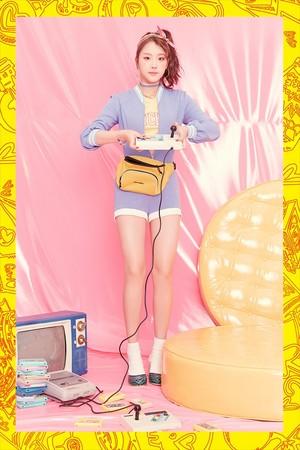 ELRIS 2nd Mini Album 'Color Crush' Concept litrato - Karin