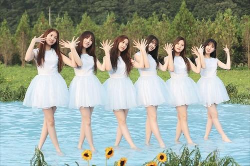 GFriend দেওয়ালপত্র titled GFRIEND 'Love Whisper' MV Shooting Behind