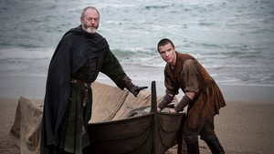 Gendry Waters and Ser Davos Seaworth - 7x05 - Eastwatch