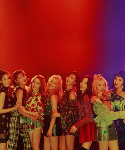 "Girl's Generation/SNSD karatasi la kupamba ukuta titled Girls Generation ""Holiday Night"" Group Teaser Image"