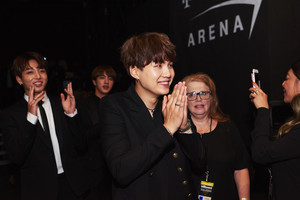 Happy Yoongi at the BBMAs