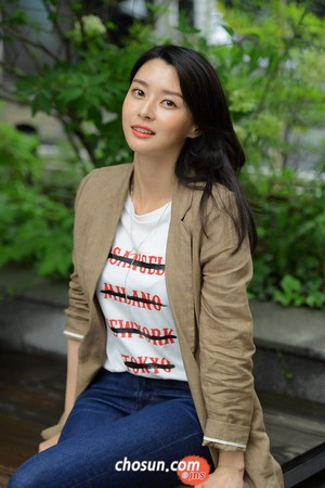 Hello Venus' Nara Interview with Chosun Ilbo