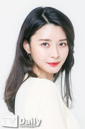 Hello Venus' Nara Interview with TVDaily