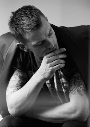 Joel Kinnaman - L'Uomo Vogue Photoshoot - 2015