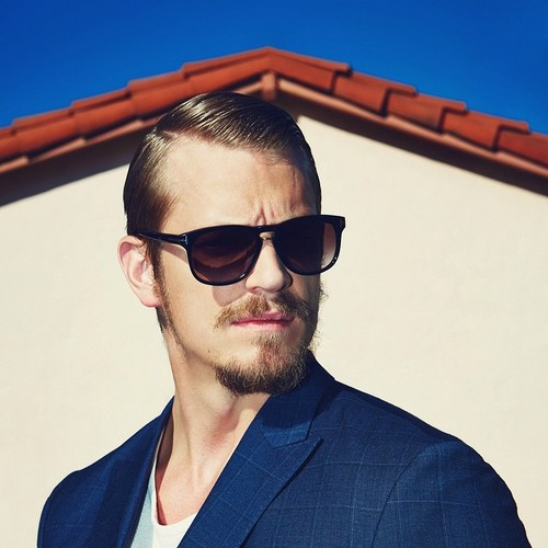 Joel Kinnaman Hintergrund called Joel Kinnaman - Sharp Magazine Photoshoot - 2015