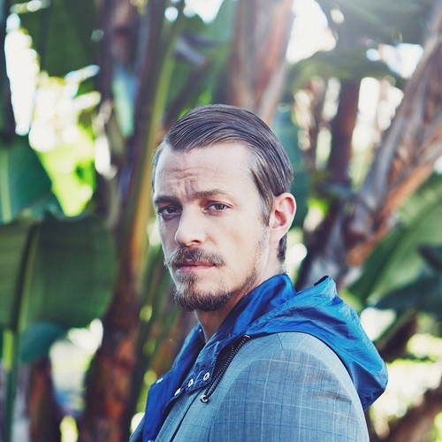 Joel Kinnaman achtergrond entitled Joel Kinnaman - Sharp Magazine Photoshoot - 2015