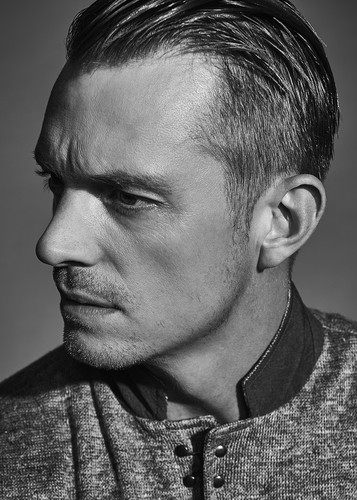 Joel Kinnaman वॉलपेपर titled Joel Kinnaman - The Laterals Photoshoot - 2016