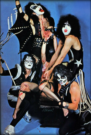 KISS (NYC) August 23, 1975 w-Megan McCracken
