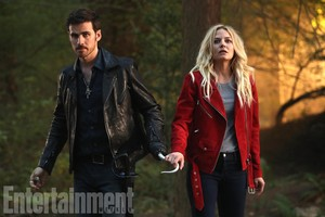 Killian and Emma | 7x02 Promo Stills