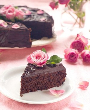 Let's Share Chocolate Cake 🌸
