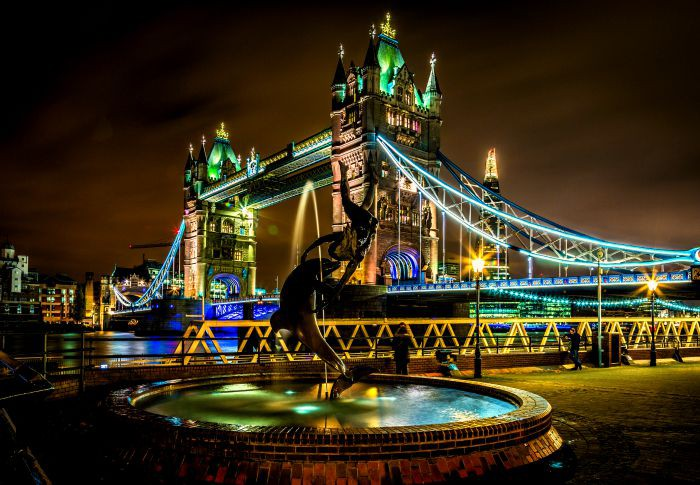 Fantastic Wallpaper Night London - London-By-Night-Tower-Bridge-80smusiclover1-40619519-700-485  Best Photo Reference-152814.jpg