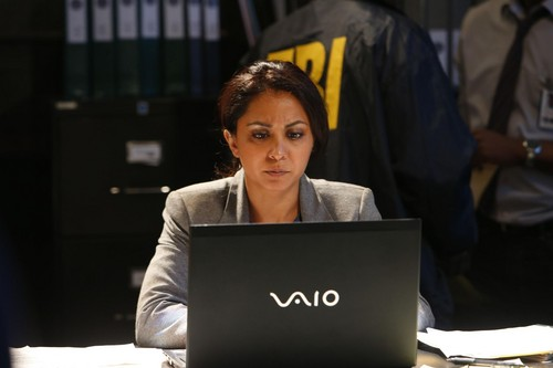 Parminder Nagra karatasi la kupamba ukuta entitled Parminder Nagra as Meera Malik in The Blacklist