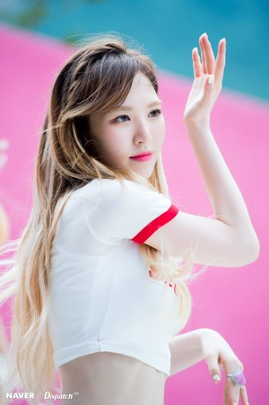 Red Velvet 'Red Flavor' Promotional Video Shooting - Wendy