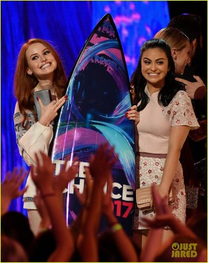 Riverdale Cast Teen Choice Awards 2017