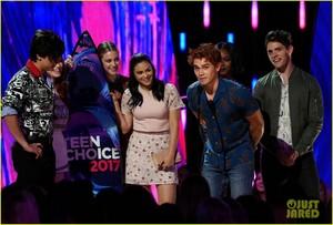 Riverdale Cast Teen Choice Awards 2017