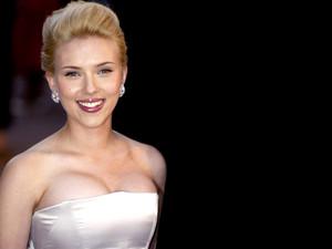 Scarlett Johansson 60