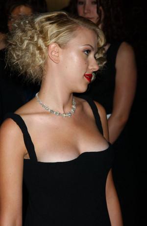 Scarlett Johansson 85