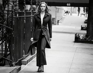 Sophie Turner ~ Porter ~ Fall 2017