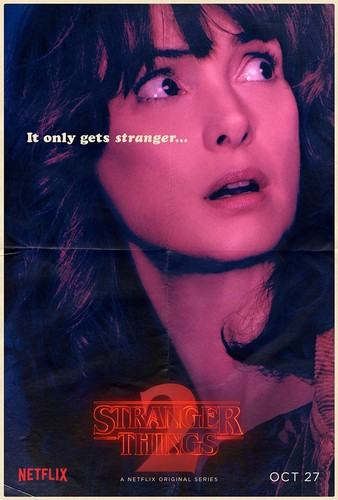 Stranger Things achtergrond titled Stranger Things 2 - Poster - Joyce Byers