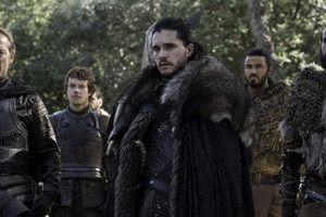 Theon Greyjoy and Jon Snow in 'The Dragon and the Wolf'